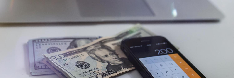 No compres dólares, invierte en dólares
