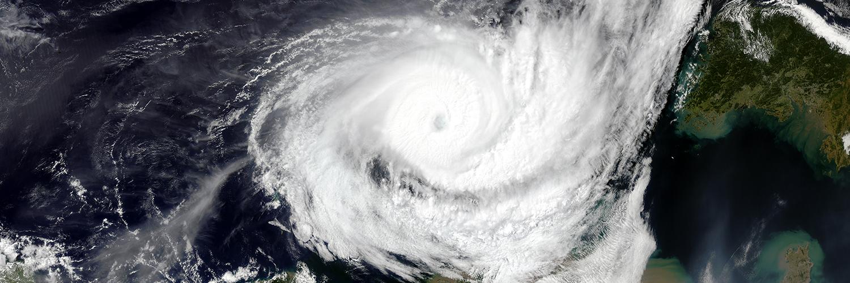 huracanes_impactan_acciones
